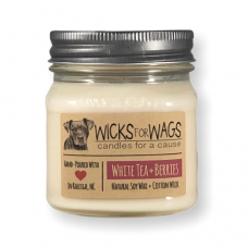 Wicks for Wags White Tea+ Berries candle